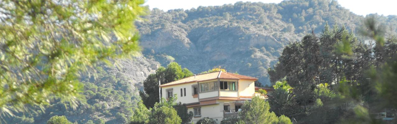 Our fine 2-bedroom apartments in the heart of The Lake District of Malaga - near the beautiful old dam