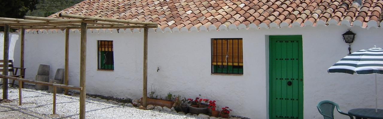 Our 2 small cosy cottages on a very nice finca by the overwhelming rock walls of El Chorro